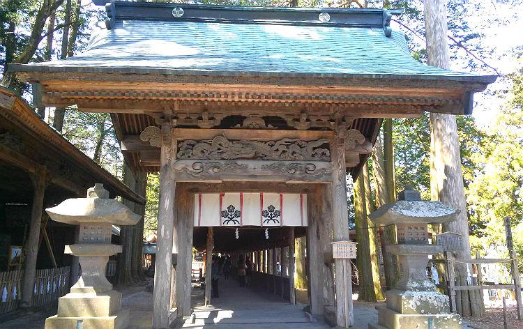 諏訪大社上社本宮(イメージ)