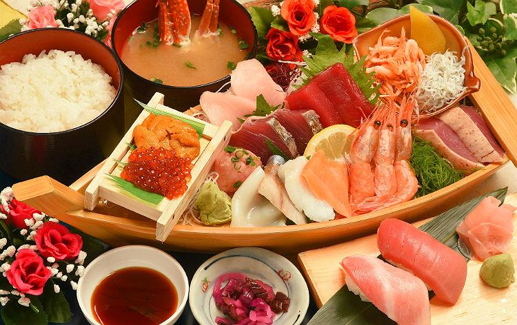 15種舟盛りと本鮪大トロ・中トロ寿司ランチ(イメージ)