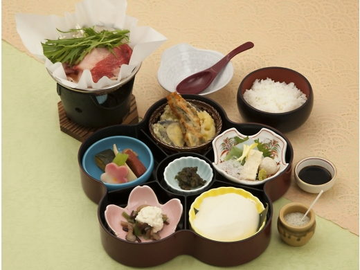 和牛鍋と自家製豆冨御膳(イメージ)