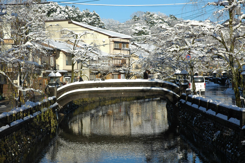 城崎温泉街冬イメージ